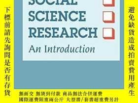 二手書博民逛書店Evaluating罕見Social Science Resea