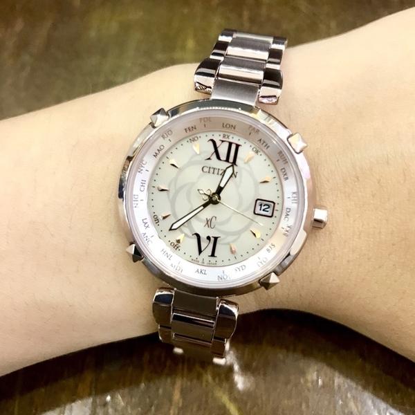 [萬年鐘錶] Citizen Eco Drive光動能 XC 系列 女錶 櫻花粉紅 鈦金屬錶殼錶帶  電波對時 31mm EC1048-54W