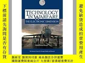 二手書博民逛書店Technology罕見in Warfare: The Elec