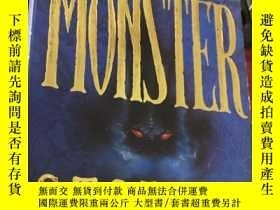 二手書博民逛書店TRUE罕見MONSTER STORIES (平裝)Y5834 Terry Deary Hippo Books