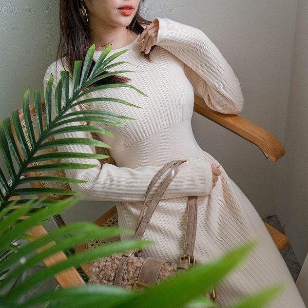 現貨-MIUSTAR 顯腰身!坑條縮腰傘襬包芯紗針織洋裝(共3色)【NH3507】預購