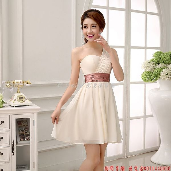 (45 Design)  客製化 定製款7天到貨   新款伴娘服伴娘裙伴娘裝新娘短款演出小禮服晚裝演出服姐妹裙