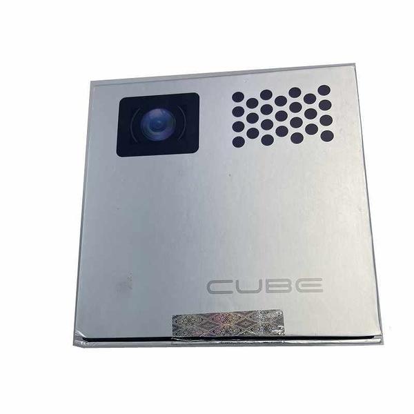 [拆封二手品 網購退回] 迷你投影機 RIF6 CUBE Mini Projector - 2 inch Portable Handheld Projector Screen _TA1