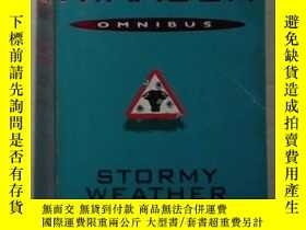 二手書博民逛書店英文原版《罕見Stormy Weather and Lucy y
