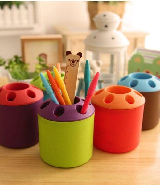 【發現。好貨】創意多孔情侶牙刷架筆筒 撞色多功能桌面筆筒牙刷牙膏座 收納筒