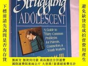 二手書博民逛書店Helping罕見the struggling adolesce