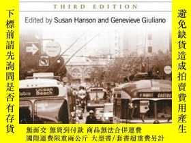 二手書博民逛書店The罕見Geography of Urban Transportation: Second Edition-城市