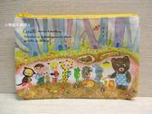 ☆草莓牛奶屋☆日本進口【ECOUTE!繪本系列】筆袋(蜂蜜屋)