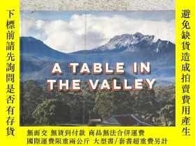 二手書博民逛書店a罕見table in the valley food stor