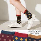 襪子 Space Picnic 預購.撞色復古圓點彈性休閒中筒襪【C18012001】