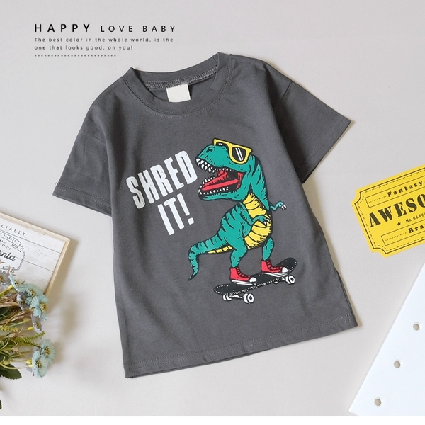 純棉 酷炫恐龍戴墨鏡玩滑板短T 男童 春夏 短袖 上衣 T恤