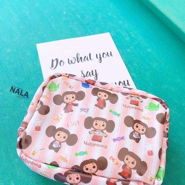 《花花創意会社》外流。俄羅斯娃娃條紋圖案零錢包【H6046】