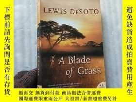 二手書博民逛書店A罕見Blade of Grass 32開【內頁乾淨】Y1089