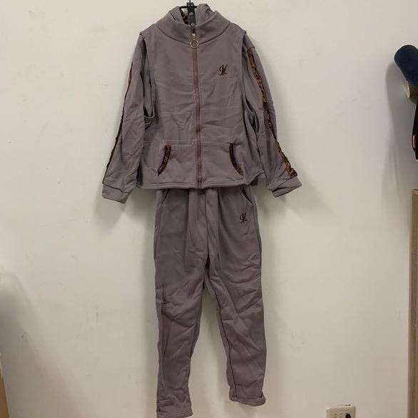 新款時尚加絨休閒長袖T恤背心休閒褲三件式套裝(M-3XL號/777-7786)