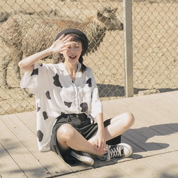 Queen Shop【01024086】乳牛印花設計雪紡襯衫*現+預*