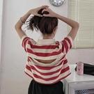 露背上衣 設計感條紋polo領短袖T恤女裝夏季2020新款心機露背短款上衣女夏 曼慕衣櫃