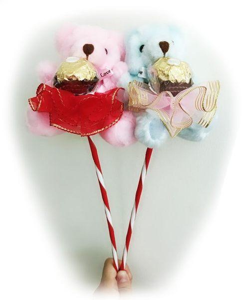 娃娃屋樂園~超人氣花束熊金莎巧克力棒-熊熊可拆卸下來喔~ 每枝75元/婚禮小物/二次進場花棒