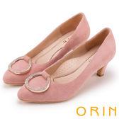 ORIN 典雅名媛 壓紋羊皮鑽飾吊墜圓尖高跟鞋-粉紅