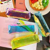 日韓原宿反光炫酷鐳射透明圓筒筆袋流蘇收納化妝包透明學生文具袋    祕密盒子