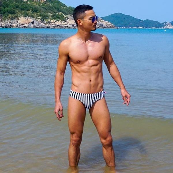 △男泳褲△ 條紋海軍風男士三角泳褲 低腰系繩 豎條紋 沙灘泳褲 DES_S319