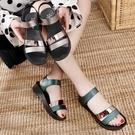 媽媽涼鞋女夏平底30歲孕婦防滑40歲中年軟底中老年涼拖鞋50真軟皮 黛尼時尚精品
