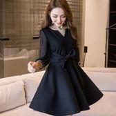 美之札[98665-QF]中大尺碼*小V俏皮蝴蝶结修飾顯瘦荷葉A字裙襬洋裝~