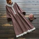 東京奈奈日系森林系蕾絲棉麻格紋寬鬆洋裝[j78056]