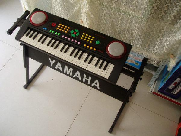 鍵盤樂器-永美YM-238電子琴發光鍵盤兒童啟蒙樂器送話筒譜架電源 大降價!免運85折起!