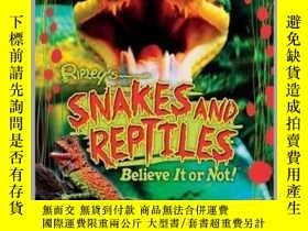 二手書博民逛書店Ripley罕見Twists PB: Snakes and ReptilesY410016 Ripley P