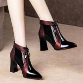 尖頭靴 靴子女尖頭網紗新款粗跟高跟英倫風馬丁靴韓版短靴短筒漆皮瘦瘦靴 阿卡娜
