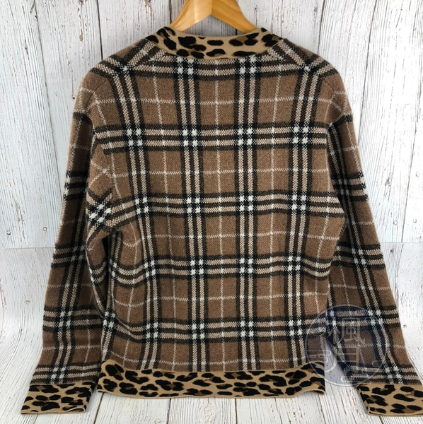 BRAND楓月 BURBERRY 深咖啡色 經典 格紋 豹紋邊 V領 針織毛衣 保暖毛衣 服飾 尺碼#S