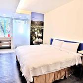 台北西悠飯店標準雙人房住宿1間(1大床/2小床)含早餐2客及2客300元寧夏夜市美食券(假日+300)