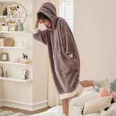 睡衣 可人兒冬季女士珊瑚絨睡衣韓版寬鬆長款睡裙陽離子法蘭絨家居服女【小天使】