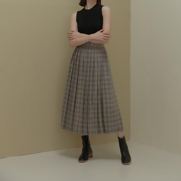 Queen Shop【03021004】高腰格紋百褶長裙 兩色售 S/M/L*現+預*