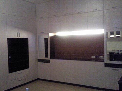 【歐雅系統家具】主臥床頭櫃 化妝櫃 衣櫥 全室規劃