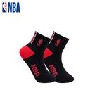 NBA 平版襪 MIT 運動配件 LogoMan時尚刺繡短襪 (黑/紅)