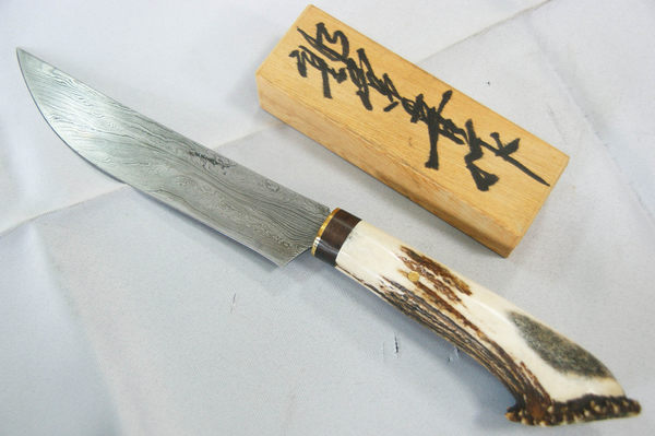 郭常喜與興達刀鋪-鹿角藝術獵刀(A0313)刀柄:銅+黑檀木+鹿角冠
