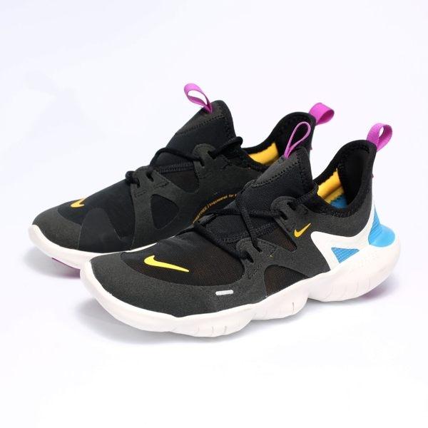 NIKE FREE RN 5.0 GS 黑 橘紫藍 襪套 慢跑 訓練鞋 女(布魯克林) AR4143-003