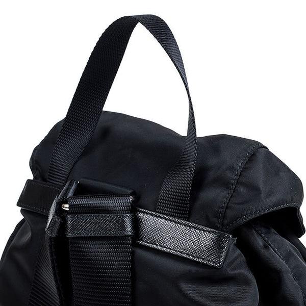 【雪曼國際精品】【PRADA】三角LOGO尼龍束口穿釦雙口袋造型後背包(黑1BZ811-NERO)小型 預購款