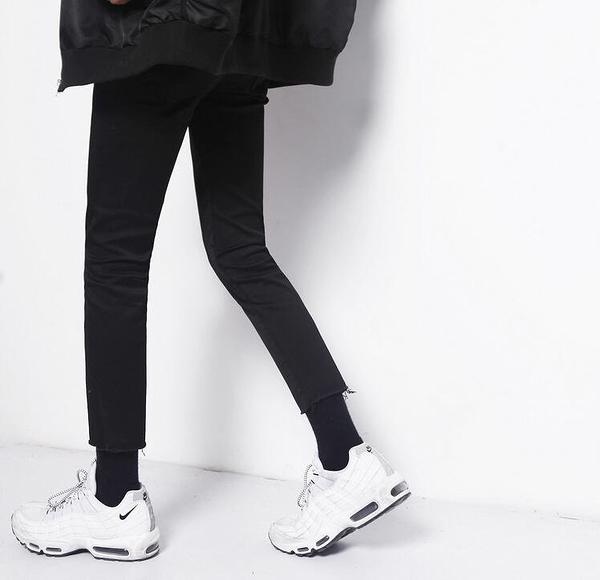 韓國時尚修身黑色彈力簡約素面腳口毛邊九分小腳牛仔褲