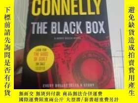 二手書博民逛書店The罕見Black BoxY352529 Connelly, Michael Grand Central P