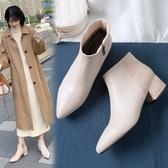 大尺碼女鞋34~43 2020歐美百搭顯瘦絨面拼接尖頭中跟短靴子~2色
