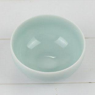 手工白麵青瓷魚碗