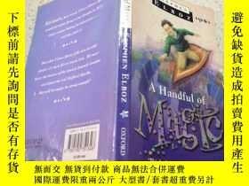 二手書博民逛書店a罕見handful of magic一把魔法Y212829