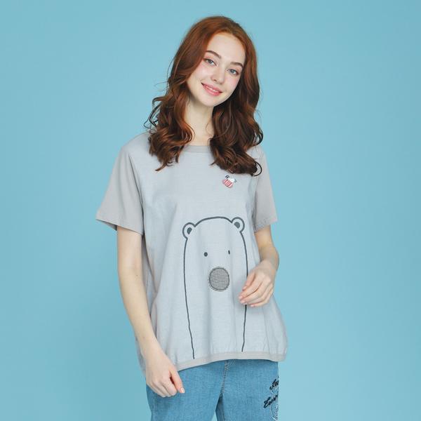 【中大尺碼】熊形貼布印繡棉麻T