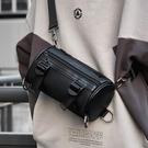 包包 工裝包2020新款時尚斜背包女休閒韓版包包ins運動圓筒包單肩包包