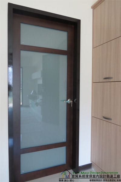 系統家具/系統櫃/木工裝潢/平釘天花板/造型天花板/工廠直營/系統家具價格/噴砂玻璃門-sm0581