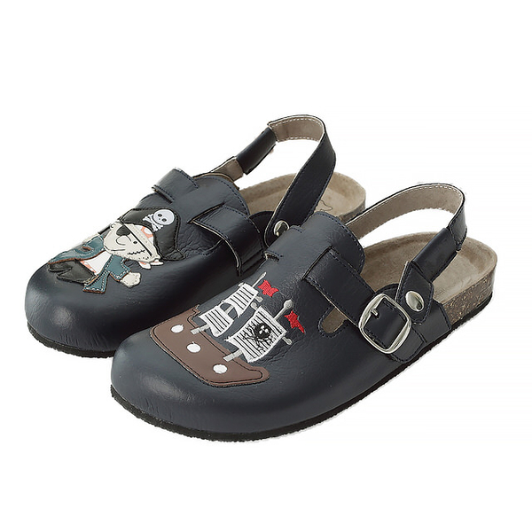 【Jingle】神鬼奇航前包後空軟木休閒鞋(經典藍大人款)