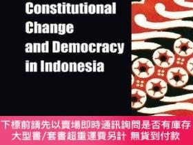 二手書博民逛書店Constitutional罕見Change And Democracy In IndonesiaY25517