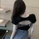 露背上衣 2021新款網紅超火露背短袖T恤女ins潮流蘇胸前鏤空修身短款上衣夏 韓國時尚週